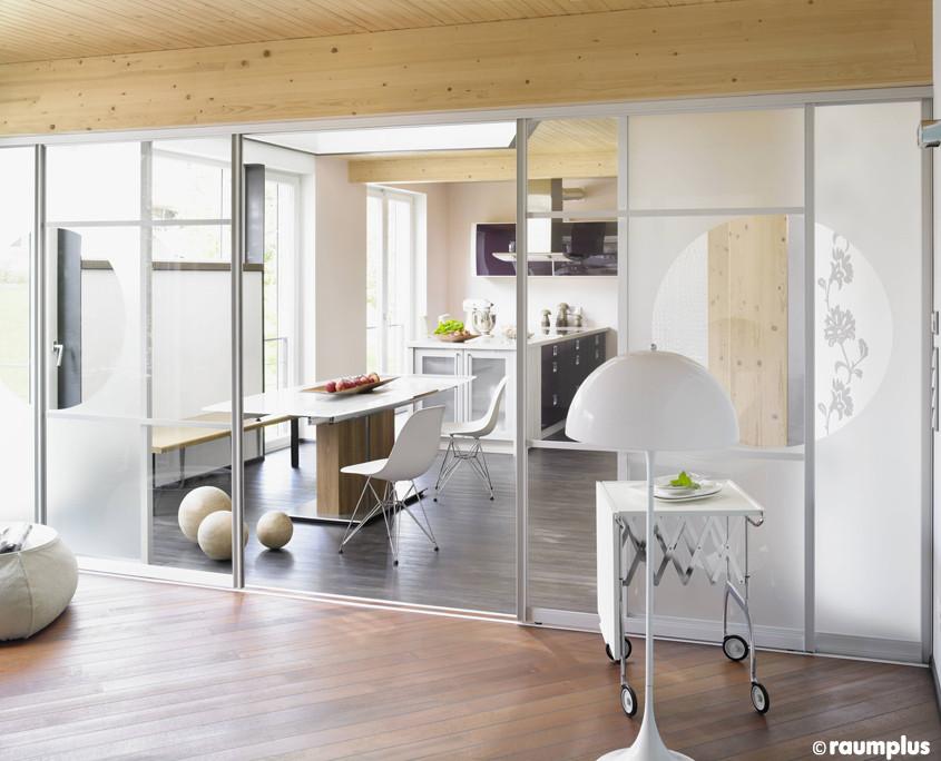 gleitt ren von raumplus w lfel gmbh. Black Bedroom Furniture Sets. Home Design Ideas